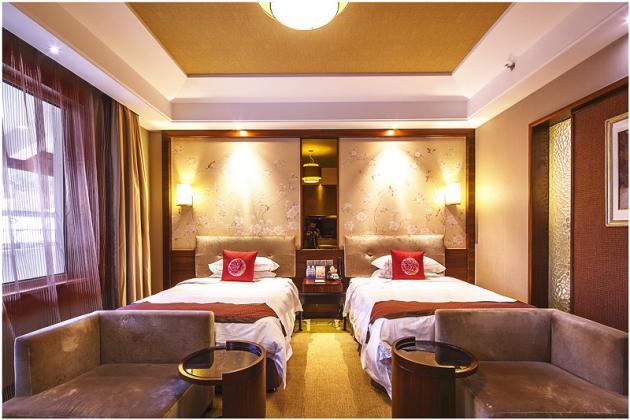 客房-标准双床房