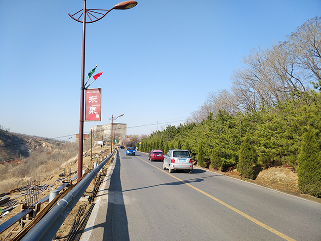 盘山道绿化2.jpg
